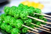 Du lịch Cần Thơ khám phá thế giới đồ ăn vặt bên bến Ninh Kiều