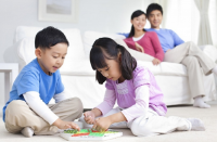 Trẻ thông minh từ bé nhờ những hoạt động dạy con của bố mẹ