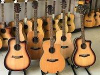 Nên mua đàn guitar acoustic hay guitar classic khi mới bắt đầu tập đàn