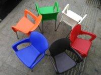 Mua bán ghế nhựa đúc cafe ngoài trời giá rẻ