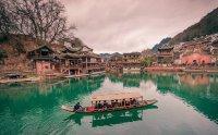 Lạc vào chốn bồng lai với kinh nghiệm du lịch Phượng Hoàng Cổ Trấn - Trương Gia Giới cực hay