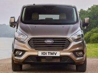 Ford Tourneo 9 chỗ mới tại Việt Nam