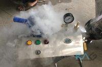 Máy làm đá CO2 - Thiết bị tạo điều kì diệu trong cuộc sống