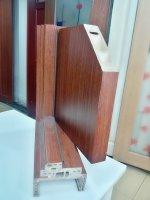 Cửa nhựa gỗ composite có tốt không, giá cả có phù hợp không?