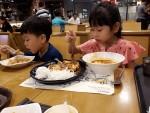 """Tại sao những đứa bé ngoan, học giỏi, sống trong gia đình hạnh phúc lại không thành công so với những đứa trẻ """"hư"""", """"ngỗ nghịch""""?"""