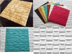 Dùng xốp dán tường dán lên tường ẩm mốc có nên không?