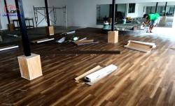 Sàn nhựa vân gỗ loại nào tốt?