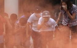 Làm thế nào để thoát hiểm khi gặp cháy nổ nơi đông người?