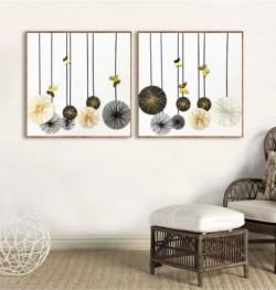 Trang trí tranh treo tường phòng khách hiện đại