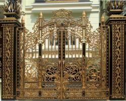 Những yếu tố nào ảnh hưởng đến giá cổng nhôm đúc?