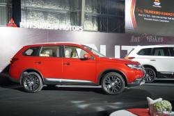 Tại sao chúng ta nên lựa chọn dòng xe Outlander của hãng xe Mitsubishi?