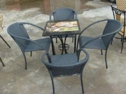 Bàn ghế cafe nhựa giả mây thanh lý