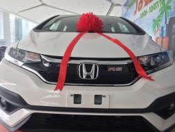 Đánh giá Honda Jazz khuyến mãi khủng - thả ga mua sắm