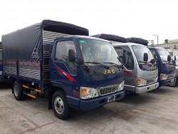 Giá xe tải Jac 2.4 tấn lăn bánh