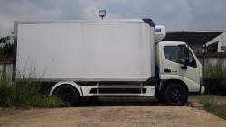 Giá lăn bánh xe tải Hino 4 tấn tại TPHCM