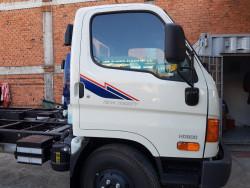 Chi tiết thông số kỹ thuật xe tải HD800