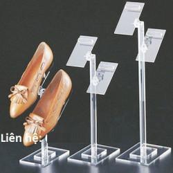 Kệ trưng bày ví, giày dép bằng mica làm theo yêu cầu tại Thanh Xuân, Hà Nội