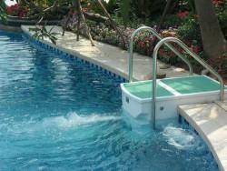 Chọn mua máy bơm hồ bơi nhập khẩu Ý nên chọn bơm nào?