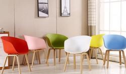 Chọn bàn ghế nhựa cho phòng khách đẹp và sang trọng