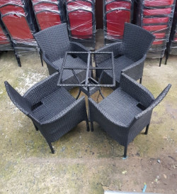 5 lý do mua ghế nhựa giả mây thay nội thất gỗ là lựa chọn thông minh cho quán cà phê