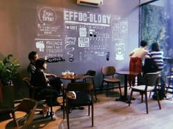 5 lý do nên sử dụng ghế gỗ cho quán cafe