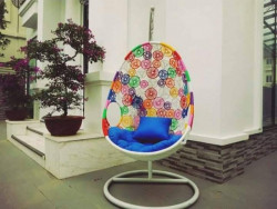 Ghế xích đu hình trứng: nên mua ngay trang trí không gian nhà ở thêm sinh động!