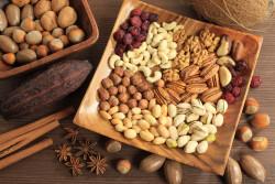 Ăn các loại hạt có giúp giảm nguy cơ ung thư đại tràng?