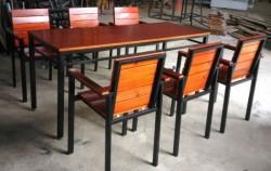 Nội Thất Vạn Hưng Phát đơn vị chuyên cung cấp bàn ghế cafe giá rẻ tại Hà Nội
