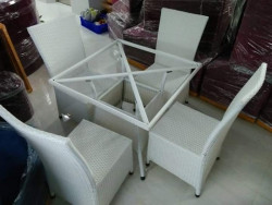 Mẫu bàn ghế nhựa giả mây đẹp chuyên dùng cho quán cafe
