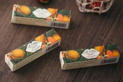Công ty phân phối son môi dưỡng ẩm dầu dừa sáp ong Cocoon