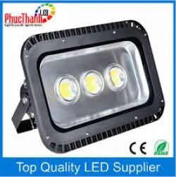 Đèn pha led chất lượng giá xuất xưởng
