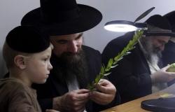 Chàng trai hỏi người Do Thái làm sao để bán hàng thông minh và nhận được một bài học sâu sắc