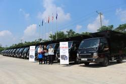 Bàn giao 18 xe tải cho công ty JANBEE
