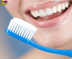 Những sai lầm khi đánh răng khiến răng bị xuống cấp