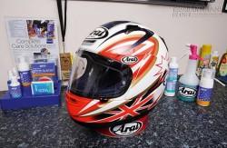 Các cách làm sạch mũ bảo hiểm