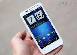 Thử nghiệm pin HTC Vivid