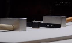 Nghiền nát Apple Watch giá 10.000 USD bằng nam châm