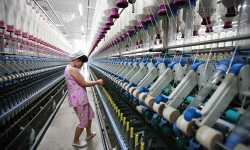 Trung Quốc chật vật tái cơ cấu sản xuất