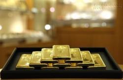 Giá vàng bám trụ mốc 1.200 USD