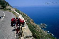 Phiêu lưu bên biển xanh Địa Trung Hải