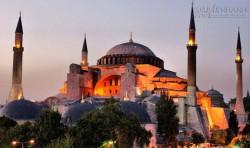Nhà thờ Hagia Sophia: Huyền năng chữa bệnh, các bức khảm huyền bí và di vật thần thánh