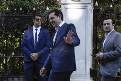 Châu Âu ném phao cho Hy Lạp