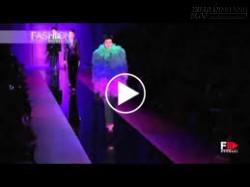 Sắc màu ảo diệu trên váy áo Armani Prive