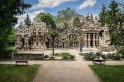 33 Năm nhặt từng viên đá, ông lão đưa thư xây dựng tòa lâu đài nổi tiếng nước Pháp