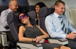 10 lời khuyên giúp cơ thể bớt mệt mỏi sau chuyến bay