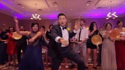 Cô dâu chú rể biến đám cưới thành sàn nhảy, quậy tung với loạt hit khủng
