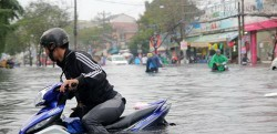Kỹ năng lái xe qua đường ngập nước