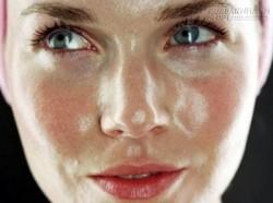 4 bước để trục xuất làn da dầu bóng nhờn