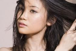 Làm thế nào để tóc không bị khô và rụng?