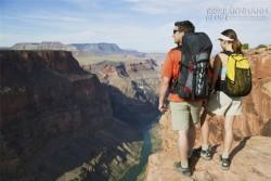 5 câu hỏi bạn nhất định phải biết trước khi chọn túi xách du lịch